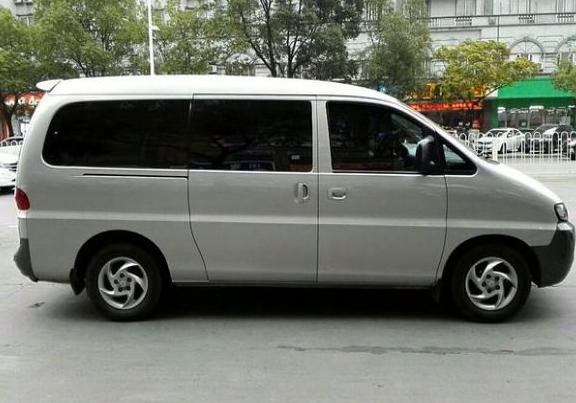 西寧旅游租車